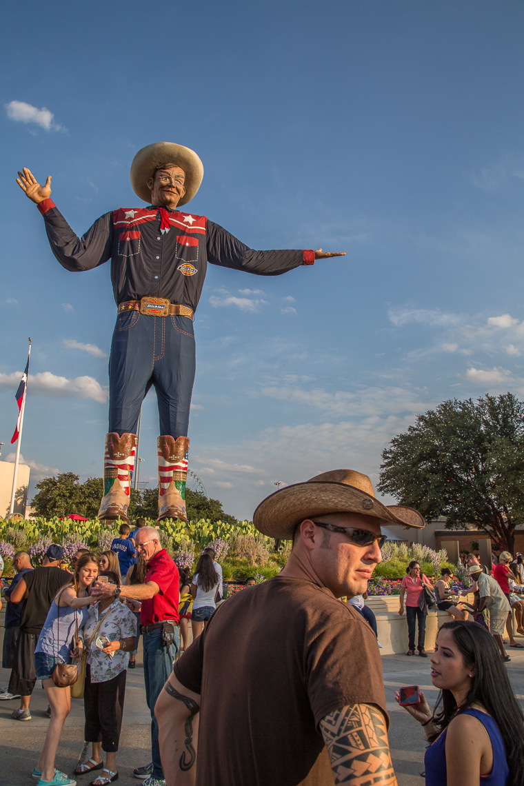 1179State Fair of Texas, Big Tex, cowboy hat